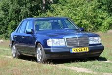 Mercedes-Benz 200 w124 1986