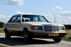 Mercedes-Benz 380 SE/L w126 1983