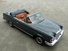 Mercedes-Benz 280SE Cabriolet w111 1971