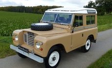 Land Rover Series II 1975