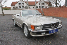 Mercedes-Benz 500SL w107 1986
