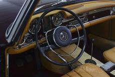 Mercedes-Benz 230SL w113 1967