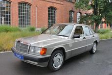 Mercedes-Benz 190 w201 1988