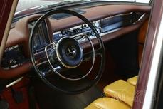 Mercedes-Benz 190 w110 Fintail 1965