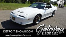 Pontiac Firebird 1990