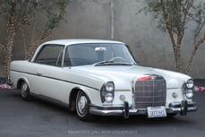 Mercedes-Benz 300SE Coupé  w112 1964