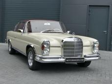 Mercedes-Benz 250SE Coupé w111 1966