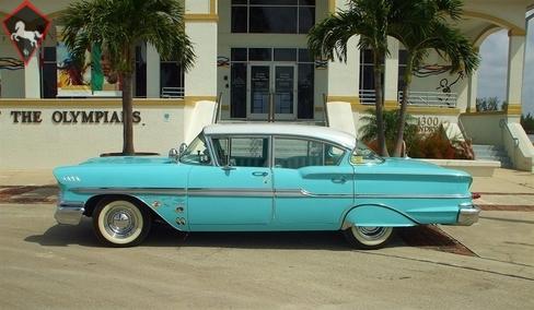Chevrolet Biscayne 1958