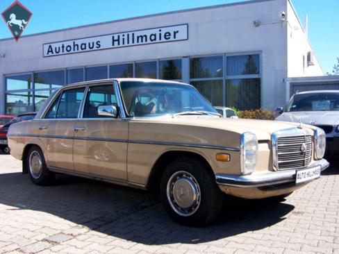 Mercedes-Benz 200 w115 1975