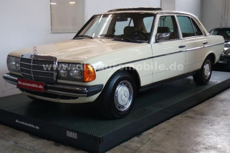 00d89d6f7a 1984 Mercedes-Benz 230 w123 is listed Verkauft on ClassicDigest in ...