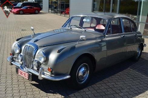Daimler 2 1/2 litre (250) 1968