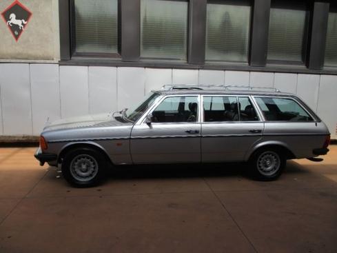Mercedes-Benz 280 w123 1980