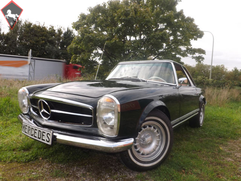 Mercedes-Benz 250SL w113 1965