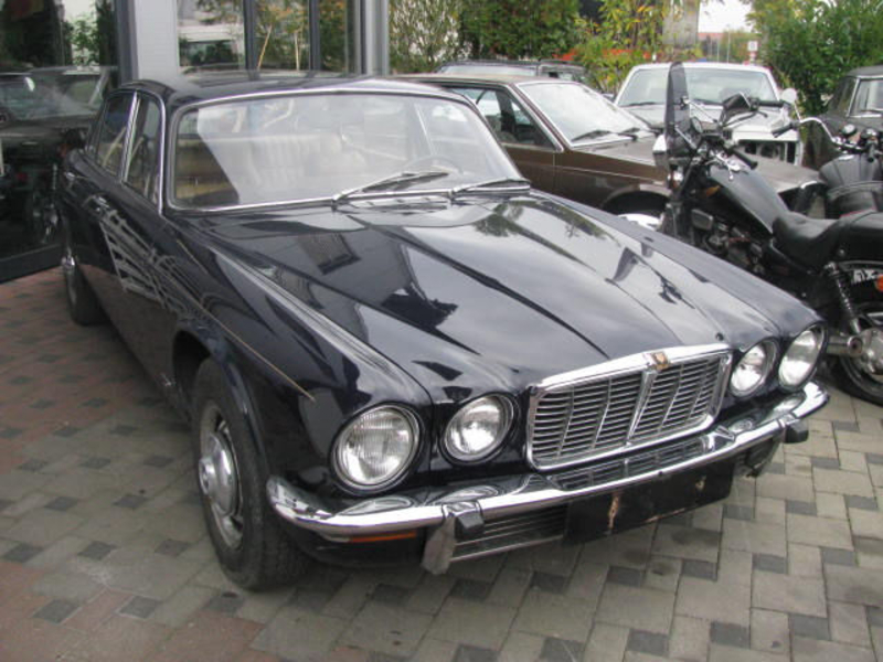 1977 Jaguar XJ6 is listed Sold on ClassicDigest in ...