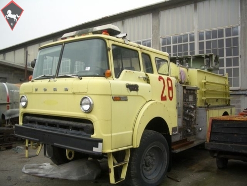 Ford F500 1982