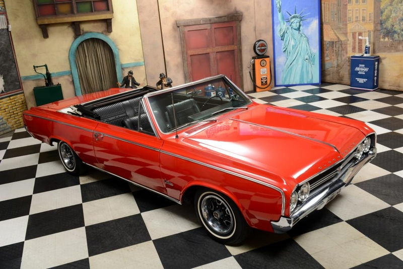 1964 Oldsmobile Cutlass is listed Sold on ClassicDigest in
