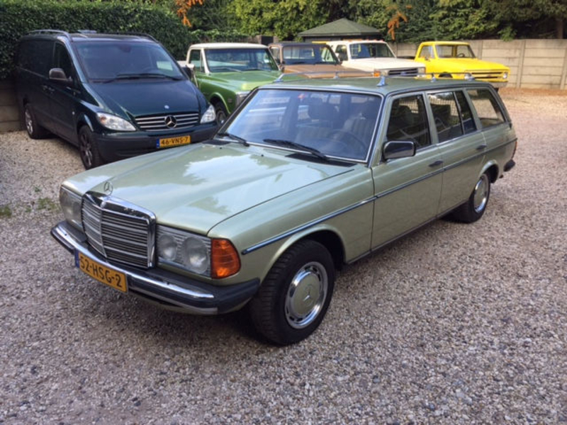 1981 Mercedes Benz 230 W123 Is Listed For Sale On Classicdigest In