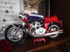 Bike scale models MV Agusta 0000